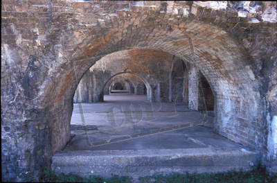 Double arches at Ft Pickens M1571