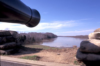 Fort Donelson Cannon position overlooking Cumberland River M1456.jpg